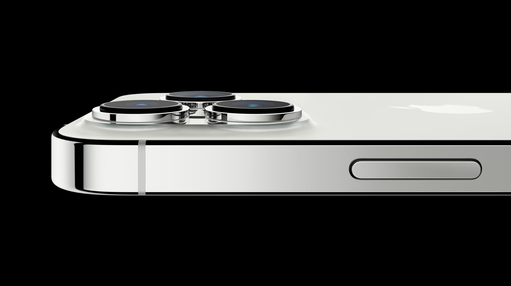 Vista lateral horizontal del iPhone 13